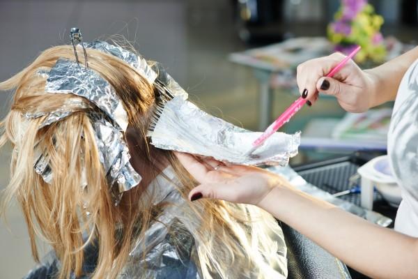 Färben und tönen zu Hause - Ihr mobiler Friseur in Hamburg
