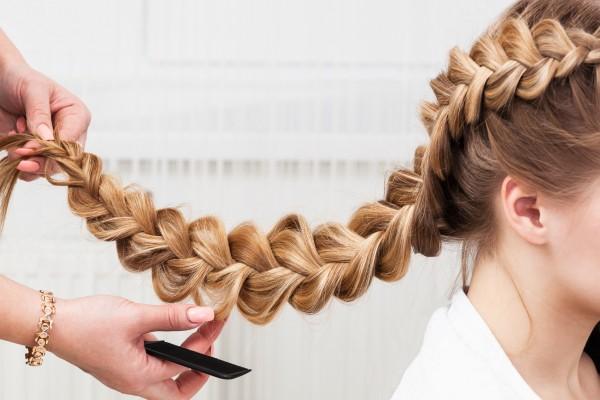 Trendige Flechtfrisuren vor Ort - Ihr mobiler Friseur in Hamburg