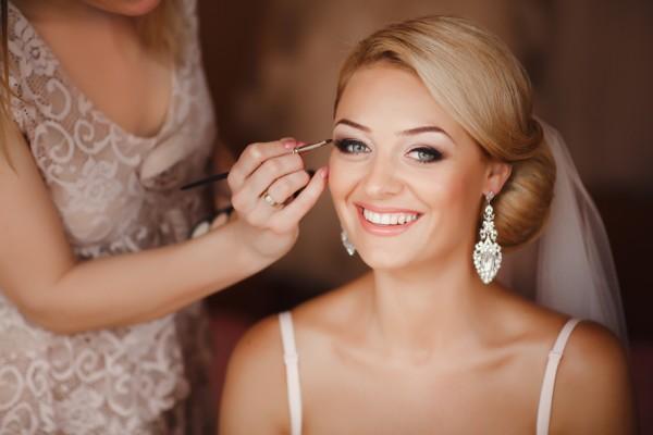 Tages-, Abend- oder Braut-Make-up - Ihr mobiler Friseur in Hamburg
